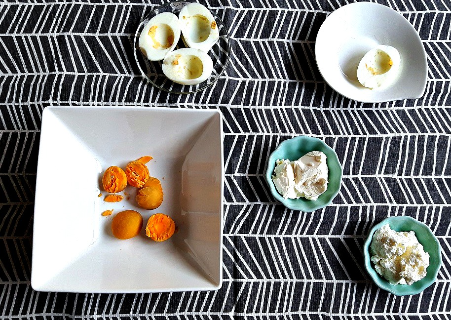 Light cottage cheese deviled eggs
