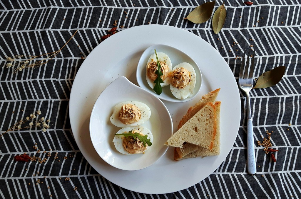 Light deviled eggs with cottage cheese
